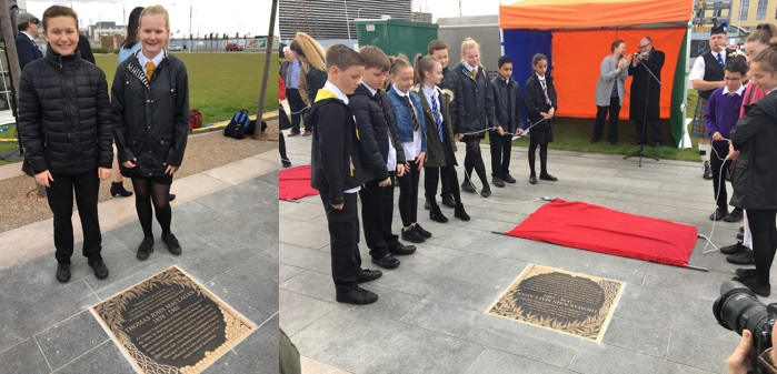 Discovery Walk - pupils unveil plaques